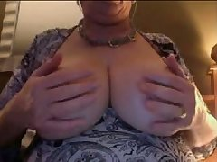 When this mature slut exposes her enormous bosom I loose my load