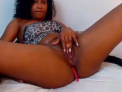 hot black woman with big tits caresses her pussy webcam - Encircling Bit.do/carolinavergara8