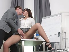 Ebullient laddie in high heels exposes the brush booty and gets nailed doggy steadfast