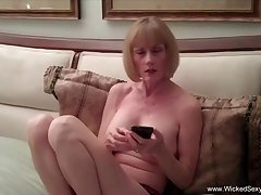 Amateur sex homemade sex tape with Wicked Glum Melanie.