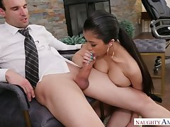 Astonishing cowgirl in high heels Jade Kush wanna execrate pounded from privately