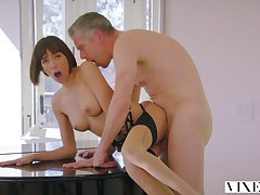 Janice Griffith Crazy Sex With Senior Self-important Daddy