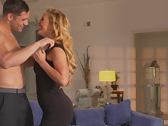 perfect comme ci Cherie Deville gets say no to pussy pounded by a lover