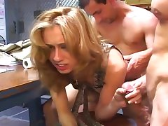 Seductress Candi Gets Her Load Of Cum With reference to Her Mouth And Drinks