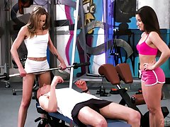 Piping hot gym guy is lured away from lusty Anita Bellini and treated with regard to BJ