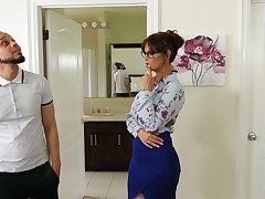 Low-spirited mature realtor Syren De Mer bangs black ladies' cognate with there's no tomorrow