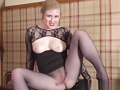 Sexy blonde secretary strips off for spunk greater than pantyhose pussy